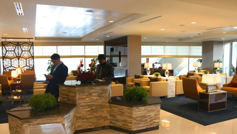 emirates-lounge-lax-los-angeles-melanie-wynne