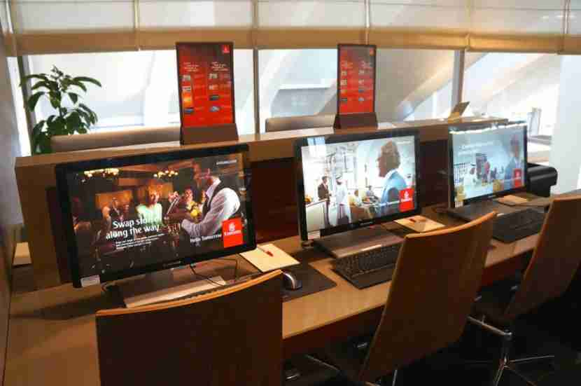 emirateslounge lax - business center melanie wynne
