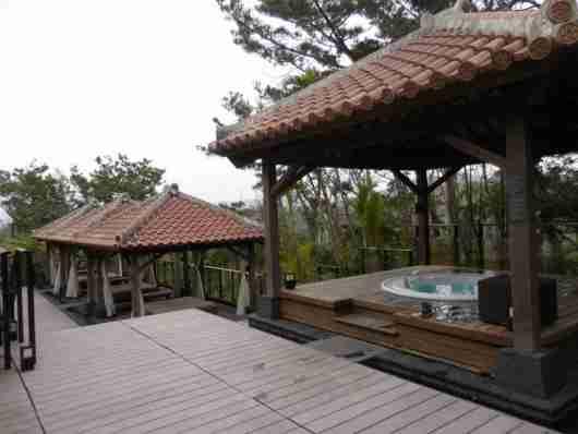 Cabana and whirpool area at the spa.