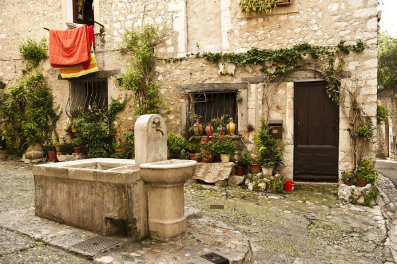 Enjoy a trip to St. Paul de Vence, a picturesque nearby village. Photo courtesy of Shutterstock.