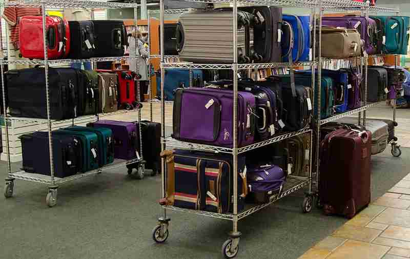 unclaimed-baggage-center-lost-suitcases