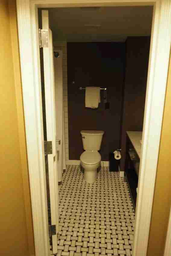 Old-school hotels tend to have old-school bathrooms.