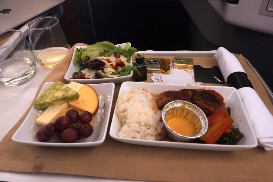 If I were AA I wouldn't have wanted anyone taking pictures of the business-class meal service, either.