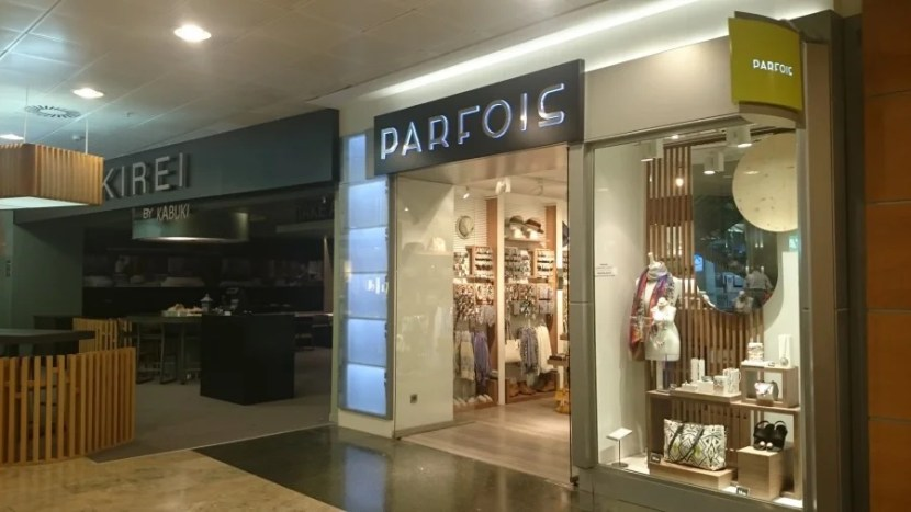 Parfois is a great shop for jewelry, bags and sunglasses