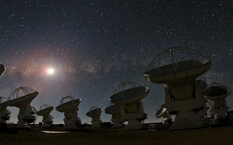 ALMA Observatory on a typically starry Atacama Desert night. Photo courtesy of Wikipedia.