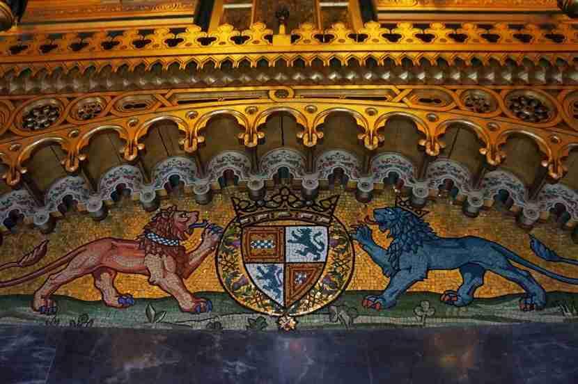 cardiff-castle-mosiacs-emblem-melanie-wynne