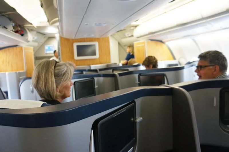 There are 36 inches between the two middle seats in the business class cabin of US Airways' A330-200.