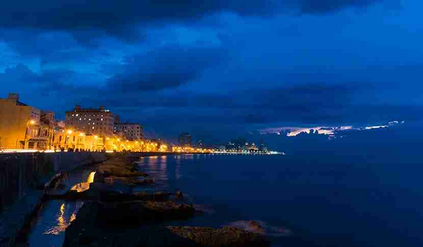 830 malecon sunset