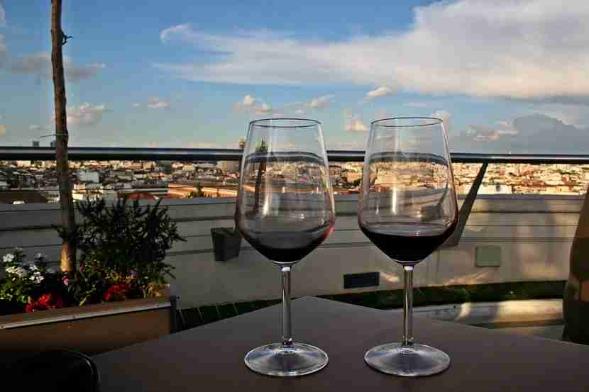 Vinos with a view