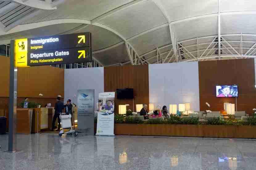 Garuda premium check-in at DPS.