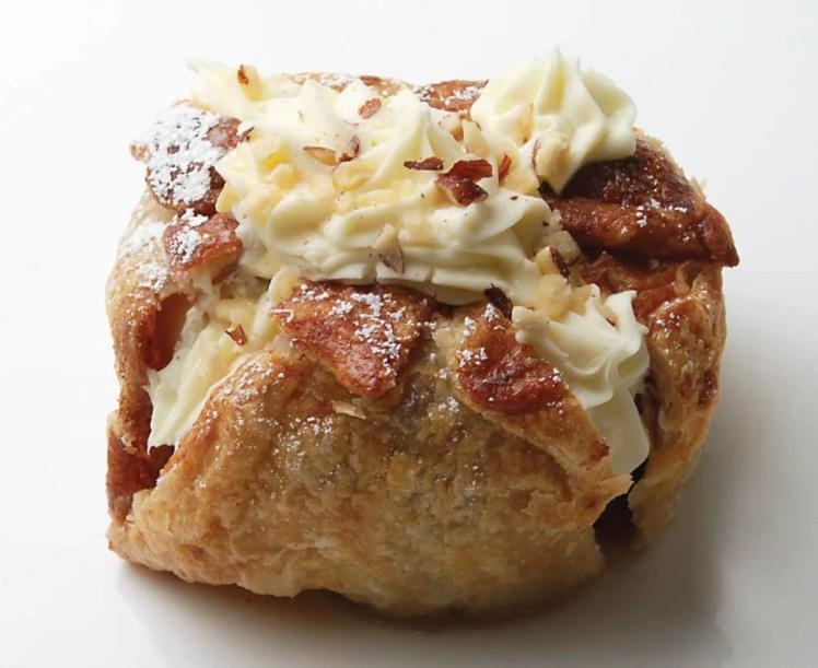 Piroshky_Piroshky-Whole_Baked_Apple