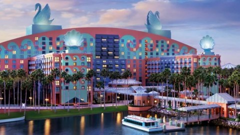 Comparing Starwood S Swan And Dolphin Disney World Resorts