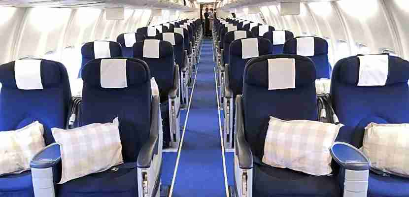 The SAS 737 cabin.