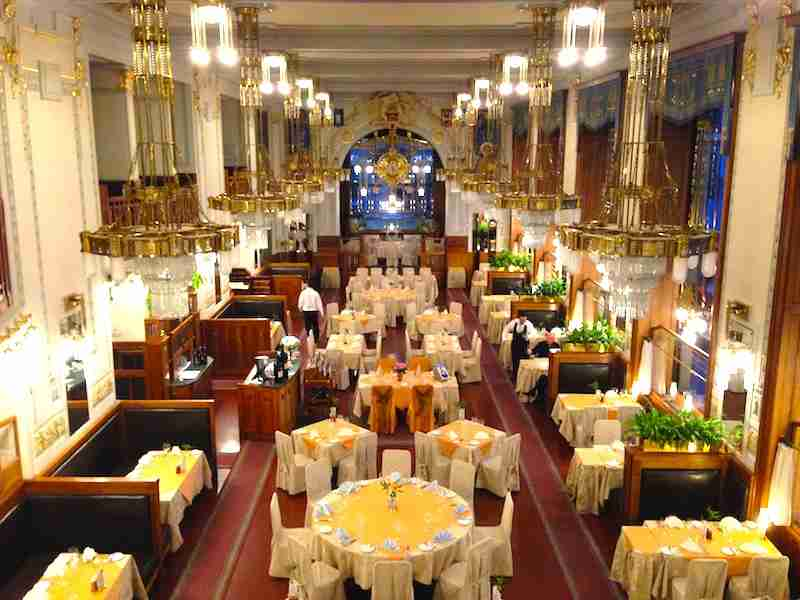 Francouzská Restaurace is one of several captivating restaurants, bars and cafés inside the Municipal Building.