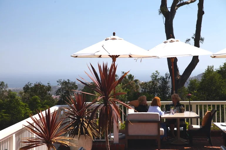 Get a dose of sunny California at El Encanto's Lounge. Photo by Kelsy Chauvin.
