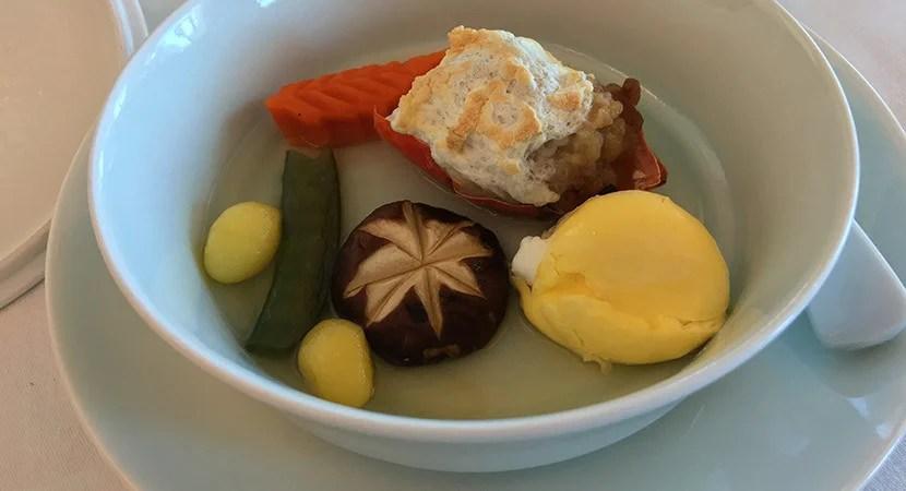 A simple broth in the futamono course made the dish.