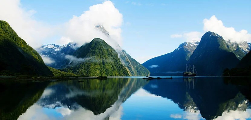 Milford Sound, New Zealand. Image courtesy of Shutterstock.