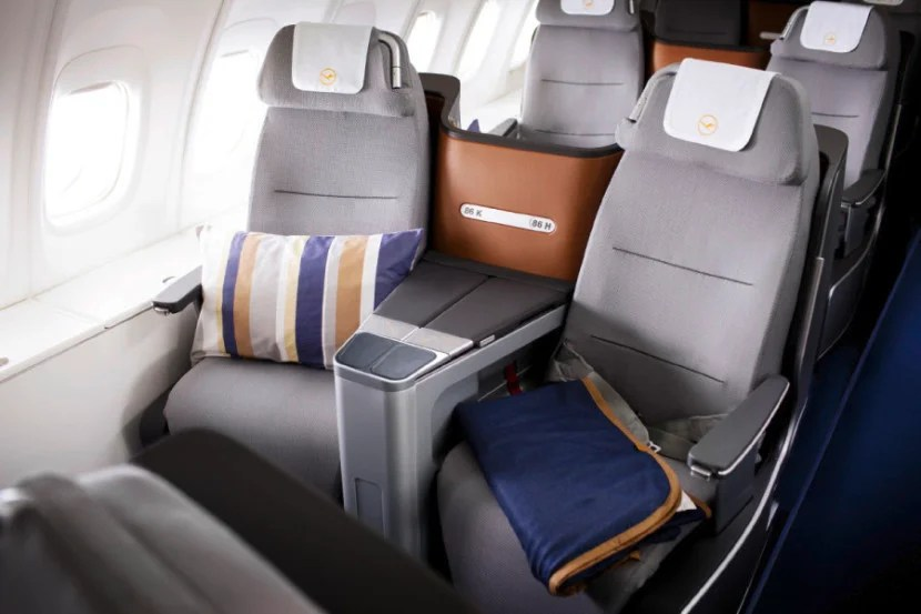 Lufthansa's new business-class seats are angled toward one another and don't have too much privacy.