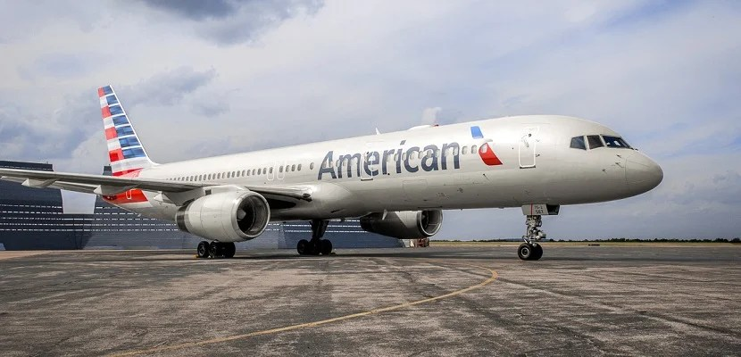 American Airlines plane 757 on tarmac featured