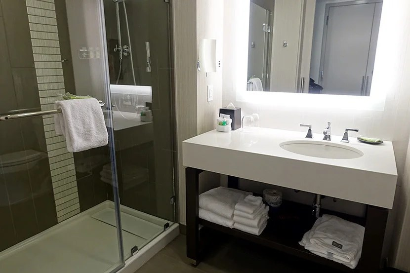 The simple, clean bathroom.