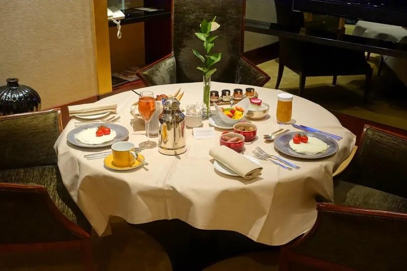 An amazing in-room breakfast.