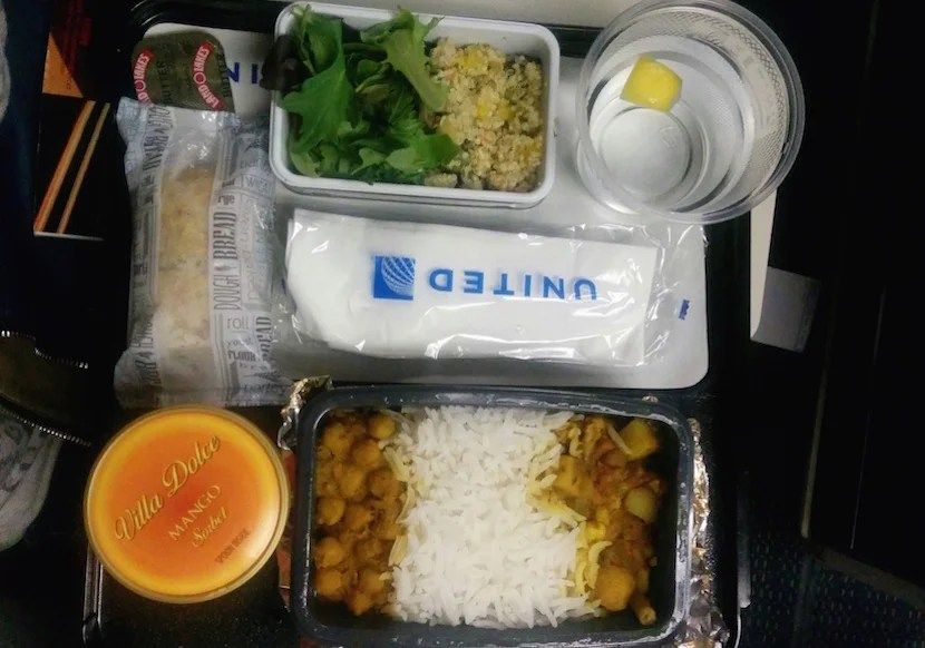8 Tips And Tricks For Making The Most Of Airline Food