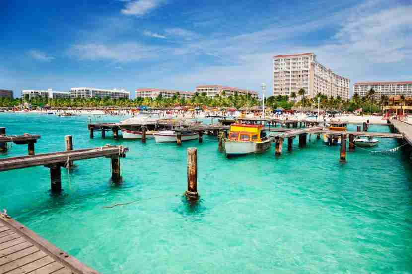 Flying Blue miles are a good option for flights to Aruba on partner Delta.