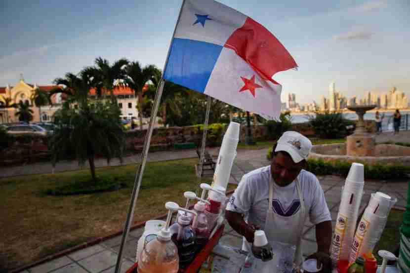 A street vendor prepares the traditional Panamanian street treatraspao, a kind of shaved ice, for me in the Old Town.