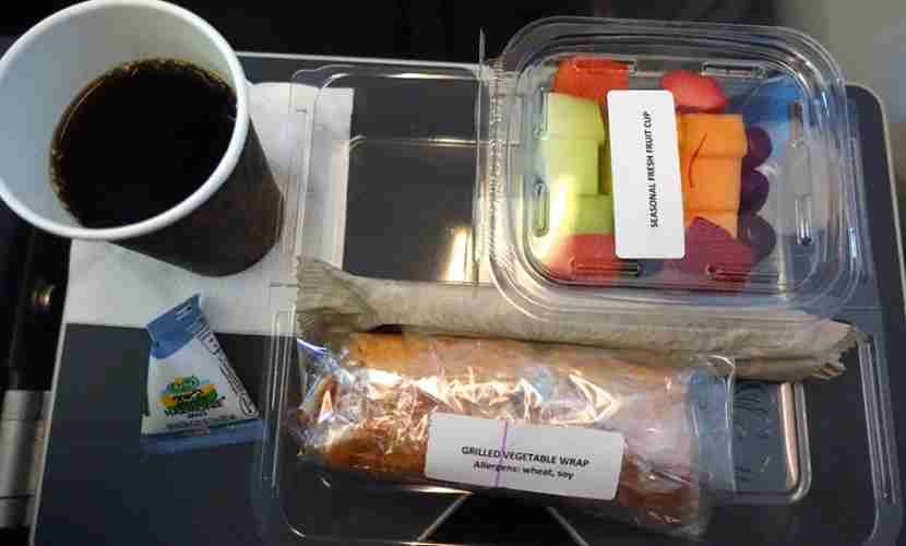 The second (cold) meal on my JFK-OSL flight.