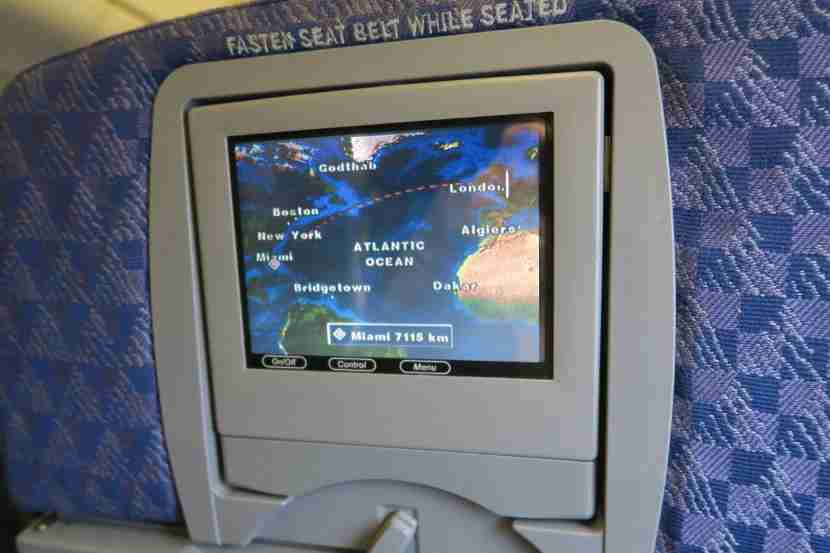The flight map was outdated and not interactive.