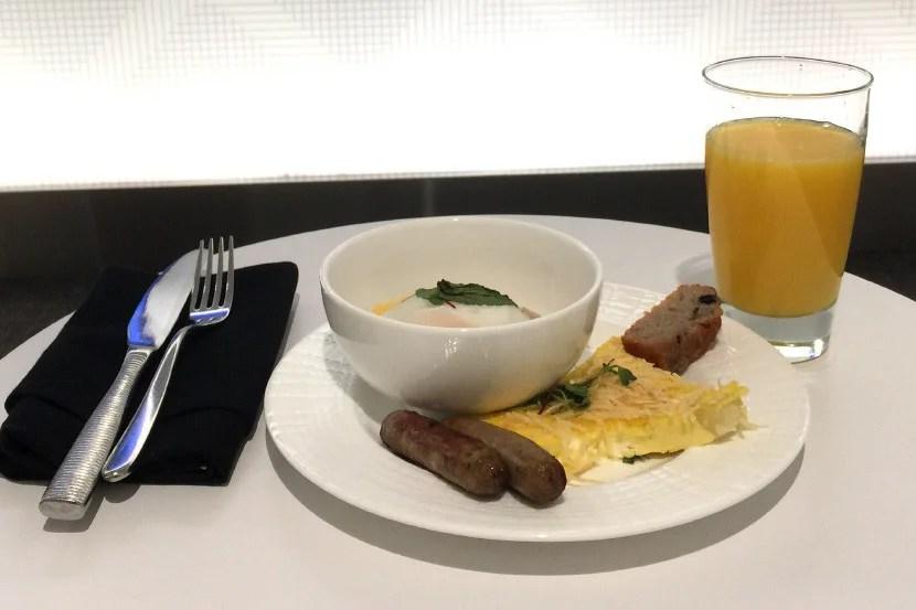 Breakfast at LGA.