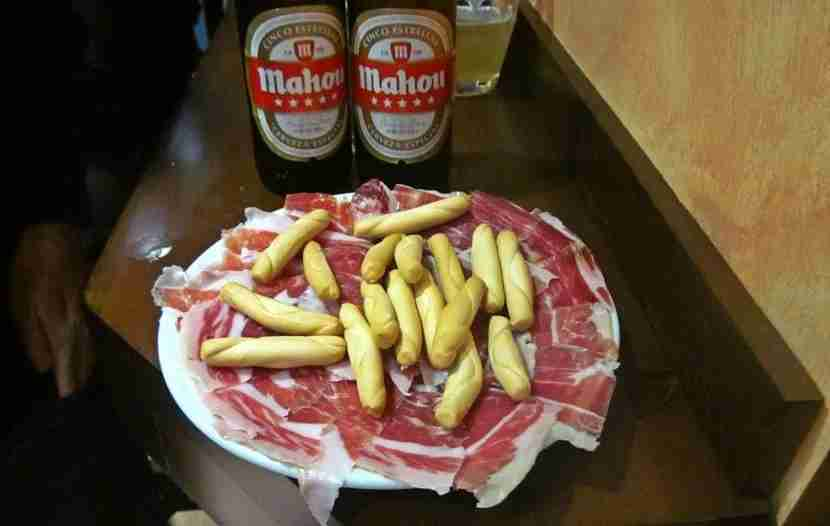 A plate of freshly sliced jamón.