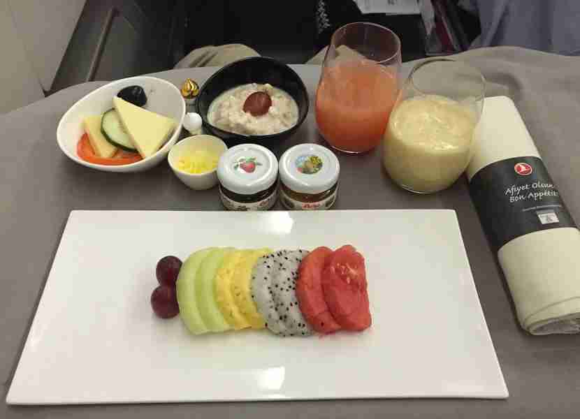 The starter tray served before landing on the SIN-IST leg.