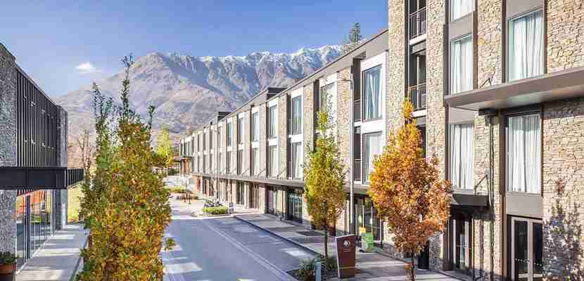 Treat yourself to a stay at the Doubletree by Hilton Hotel Queenstown in New Zealand — for less.