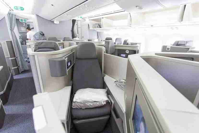 AA 787 Dreamliner - LAX to PVG Business