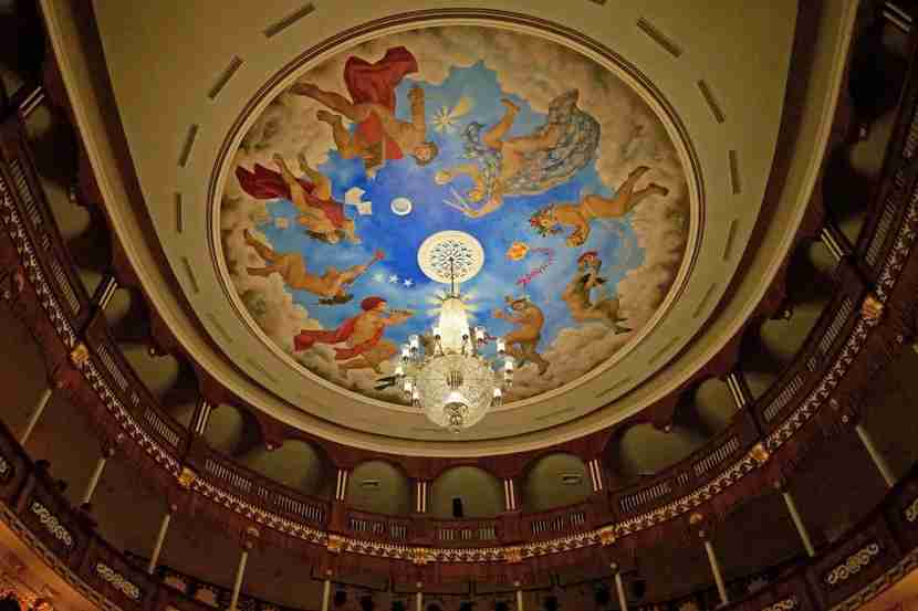 The spectacular mural (also by Enrique Grau) on the ceiling of the Teatro Adolfo Mejia (Teatro Heredia).