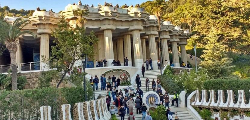 5 Reasons To Visit Barcelona