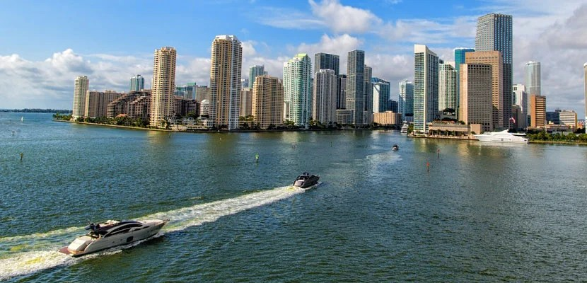 Hangout places in florida for teens phrase