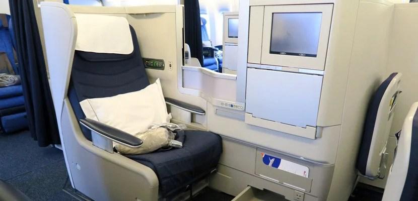 British Airways business class featured