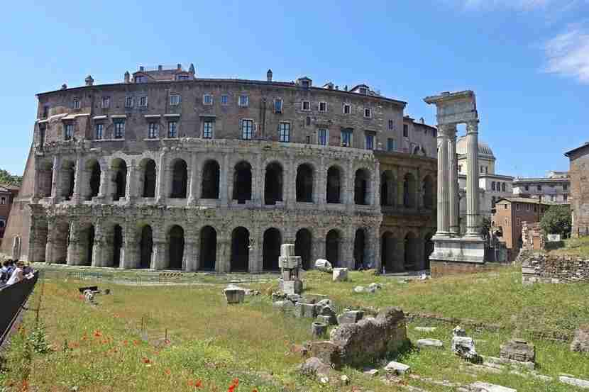 The Teatro di Marcello and surrounding rooms. No lines in sight!