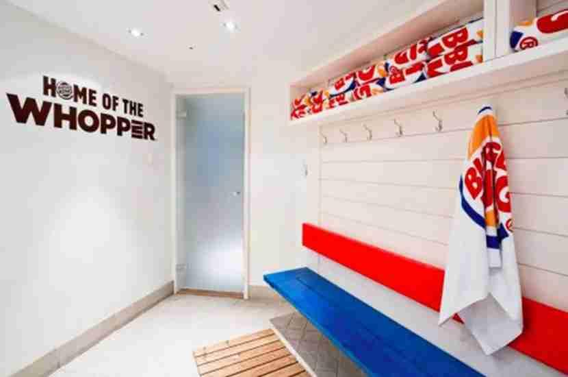 Inside the Burger King sauna. Image courtest of Restel.