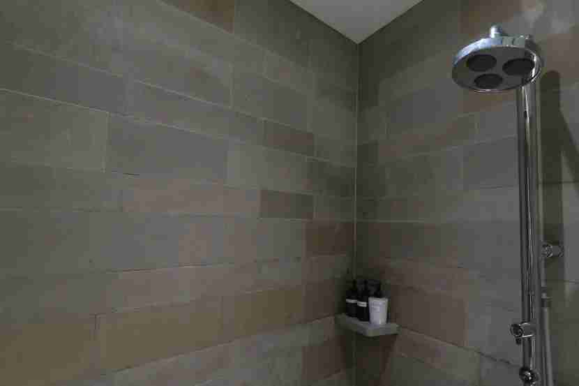 The shower rooms were well equipped and provided a nice shower experience.