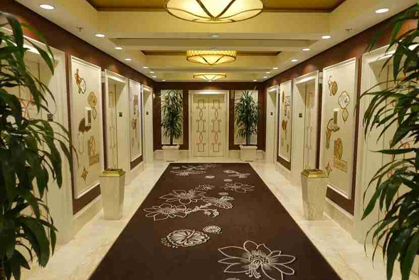 There were plenty of elevators to whisk guests up to their rooms.