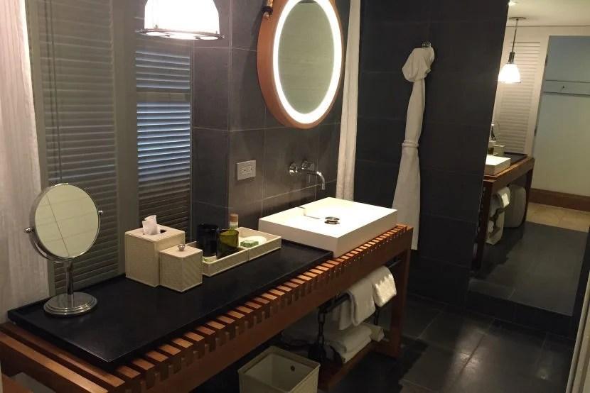 IMG_Andaz Maui bathroom 1