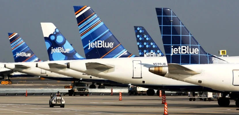 JetBlue offered free flights for victims' familiesin response to the horrific attack in Orlando last weekend.