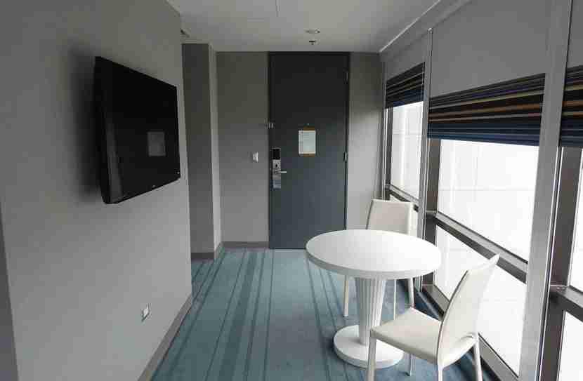Aloft-Living-Room-1