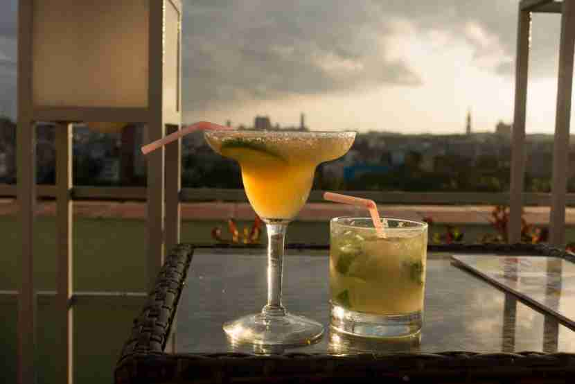 Rooftop cocktails on the Hotel Saratoga. Image by Lori Zaino.