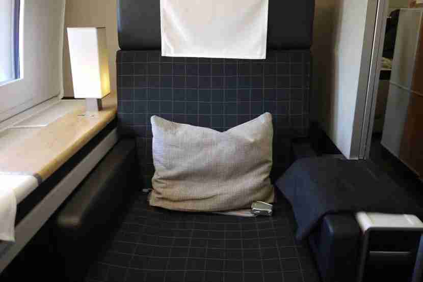 img-the-swiss-first-seat
