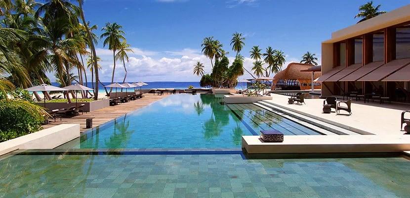 IMGPark-Hyatt-Maldives-Hadahaa-W064-Pool-1280x720