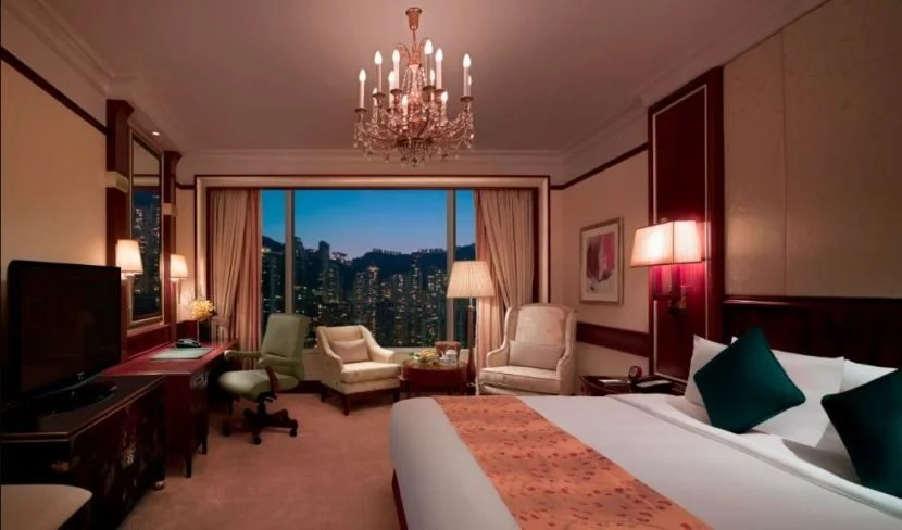 Even standard rooms at the Island Shangri-La in Hong Kong are spacious and well-appointed.
